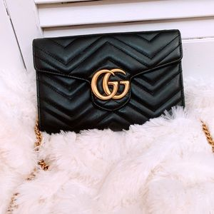 Authentic Gucci marmont clutch bag/ crossover bag